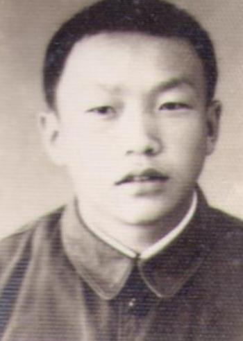 寻找高中同学王武星,1975年生。原在四川省蓬溪县附南公社九大队