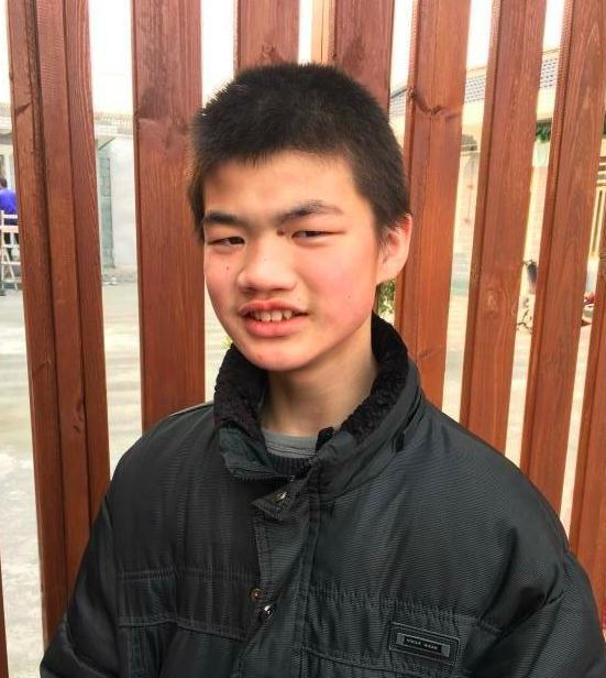 寻找上海男孩何其好 2018年1月14日闸北区岭南路闻喜路走失