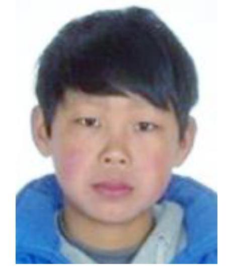 北京男孩圣兴2018-08-23失联,失联时穿白色上衣、黑色7分裤、白色运动鞋。